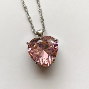 Jewelry - Pink crystal heart necklace, twisted chain